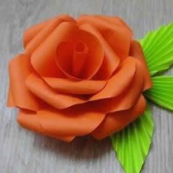 纸玫瑰的简单折法图解 折纸玫瑰花叶子步骤