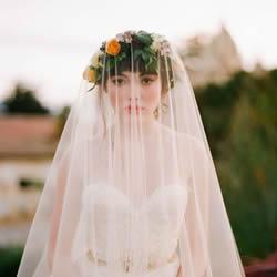 打造完美新娘造型 关于佩戴头纱的4个小知识
