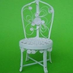 一次性纸杯做藤椅的方法 纸杯椅子的做法图解