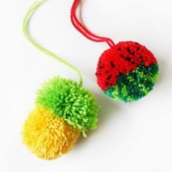毛线球小挂件DIY制作 可爱毛线挂饰手工教程