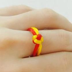 两色戒指的编法图解 简单两股绳编戒指的方法