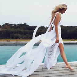 小众婚纱品牌Grace Loves Lace白色蕾丝礼服