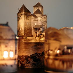 废旧书页利用做手工 制作古堡风情浪漫烛台