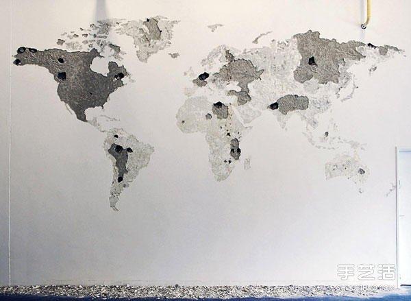 空白墙面上敲敲打打 DIY出一整面的世界地图 ()