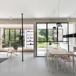 极简风格公寓设计 黑色线条勾勒出精致空