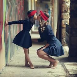 妈妈的小愿望:把女儿用心打造成迷你版的自己