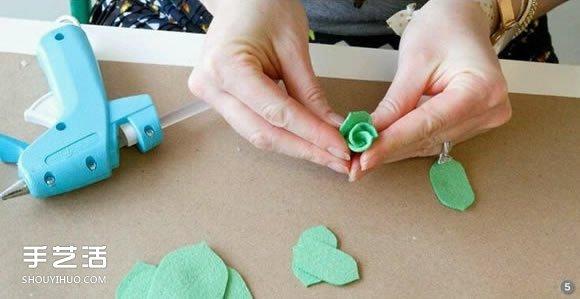 不织布玫瑰花教程 手工布艺玫瑰花的做法图解图片
