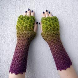 手工针织龙鳞手套 渐层毛线让冬天保暖也清爽