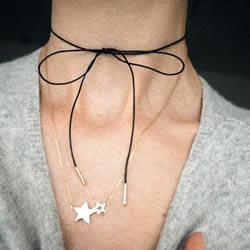 细致简约的绑带颈链DIY 轻易就能散发女人味