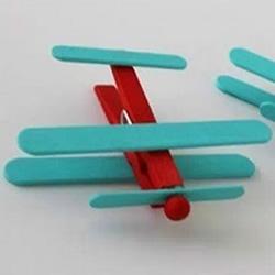 幼儿园飞机制作图片 幼儿飞机模型手工制作