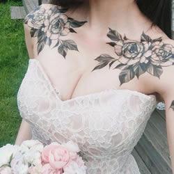 巴洛克式的繁花:结合服装与摄影的美感纹身
