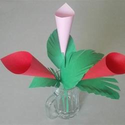 幼儿花朵折纸图解教程 简单手工纸花的折法