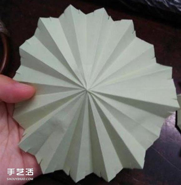 立体小雨伞的折法图解 儿童纸雨伞制作方法 2