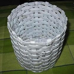 简易垃圾桶的编织方法 废纸篓用废纸做图