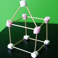 幼儿益智手工:寓教于乐的意大利面角楼游戏