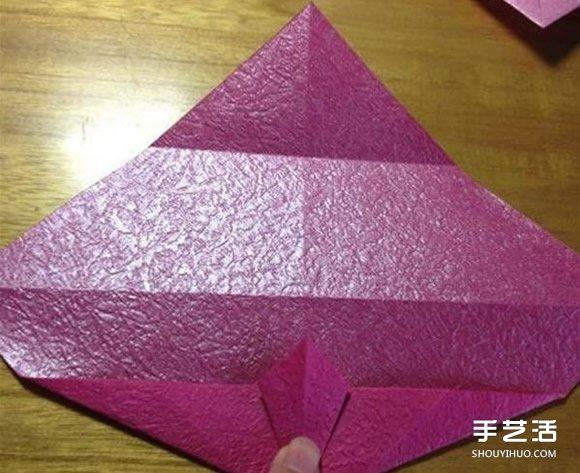 领带爱心的折法图解 漂亮领带心的折纸教程