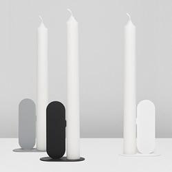 鼻子尖尖的烛台设计 让蜡烛不会歪腰倒地