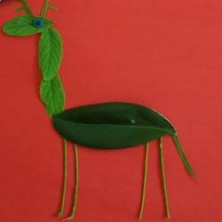 树叶贴画长颈鹿的做法 树叶长颈鹿手工制作
