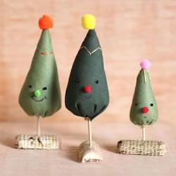 不织布迷你圣诞树DIY 手工布艺自制圣诞树图解