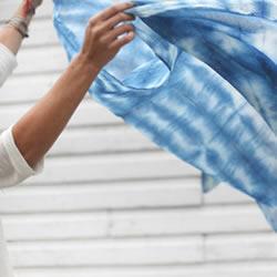 衣服靛蓝染色方法步骤 靛蓝染色衣物DIY图解