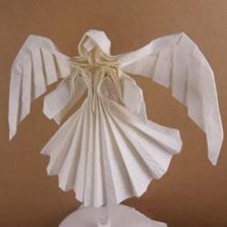 美丽天使的折纸方法 手工折叠立体天使图解