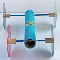 橡皮筋动力车怎么做 自制皮筋动力车制作过程