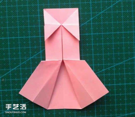 儿童折纸裙子图解教程 简单小裙子的折叠方法