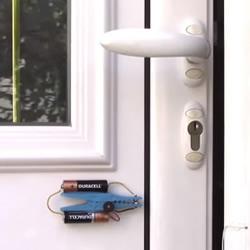 自制防盗报警器的方法 简易防盗报警器DIY图解