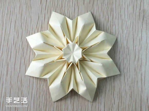八瓣花的折法图解教程
