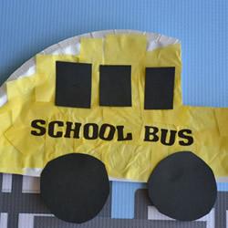 幼儿平面校车手工制作 废物利用做校车的教程