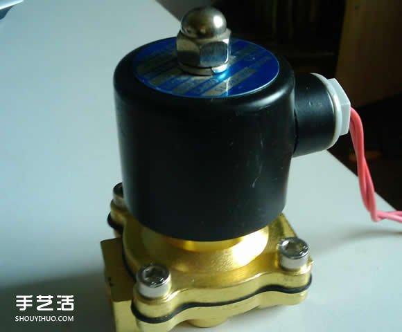 如何自制自动浇花器 自动浇花器的做法图解 -  www.shouyihuo.com