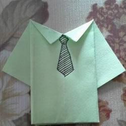 简单衬衫的叠法图解 儿童手工折纸衬衫步骤