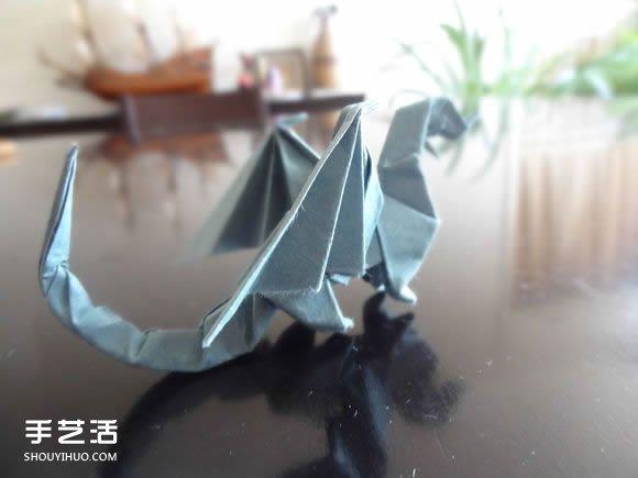 西方龙折纸教程图解 折纸带翅膀龙的方法步骤(2)