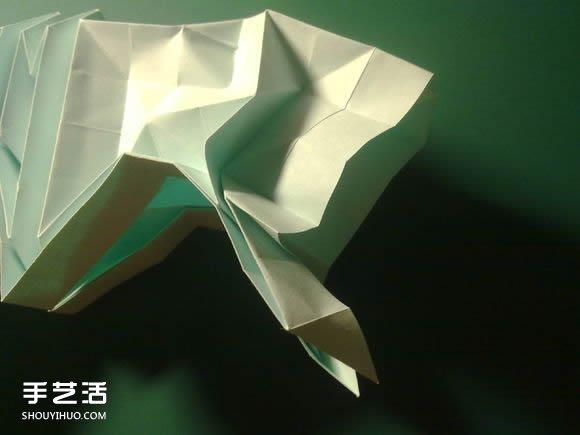 创意折纸  这里的头部整形我用的ob的,但是没整好,后来因为要把领带折