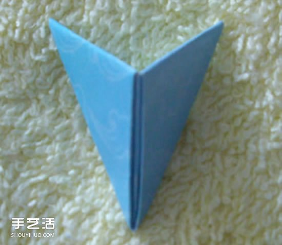 三角插笔筒步骤图解 三角插菠萝笔筒的具体插法 -  www.shouyihuo.com