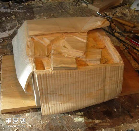 五一送福利啦,每人一箱子美金快来拿走! -  www.shouyihuo.com