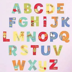 简单又好看字母墙饰DIY 幼儿手工制作字母墙饰