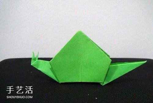 简单折纸小蜗牛的教程,看它的样子是在努力向前爬哦,来折折看吧