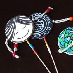 幼儿拨浪鼓玩具的做法 自制拨浪鼓的制作方法