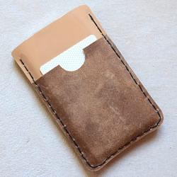 送男友的好礼物:自制iPhone皮革手机套的方法