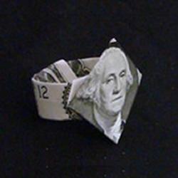 美元折纸戒指的教程 钻戒的折法用纸币图解