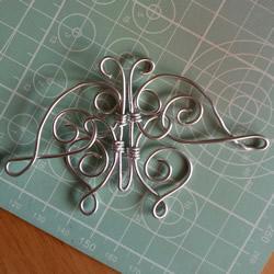 铁丝制作蝴蝶的教程 金属蝴蝶手工制作图解