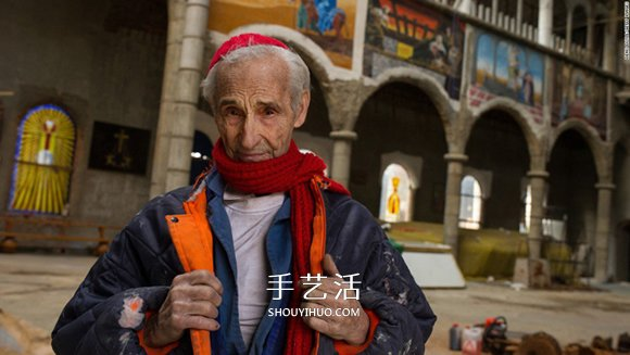 53年的坚持!西班牙老爷爷自己盖出一间大教堂 -  www.shouyihuo.com