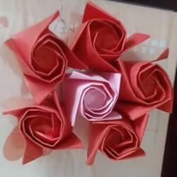 香槟玫瑰的折法图解 折纸香槟玫瑰的方法过程