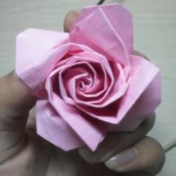 如何折叠玫瑰花图解 玫瑰花的折法简单易学