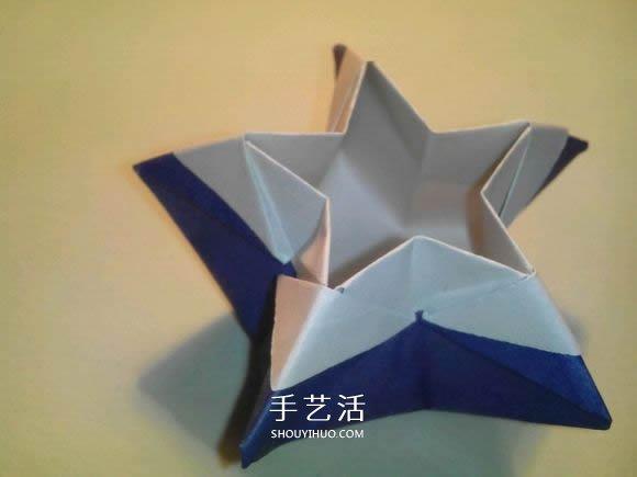 萌哒哒的五角星盒子折纸图解教程,这么好看都要舍不得用它了!既是收纳盒,又是五角星星的折纸,喜欢的小伙伴来跟着学吧~步骤不多,难度也就那么一点点,相信你可以的(^o^)/~