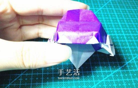 立体小汽车的折法图解 手工折纸汽车的折法(2)