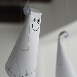 万圣节幽灵小挂饰制作 幼儿园手工制作幽灵
