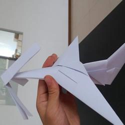 带螺旋桨的飞机折法 折纸螺旋桨飞机方法图解