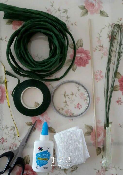 皱纹纸做玫瑰花的过程 简易皱纹纸玫瑰做法 -  www.shouyihuo.com